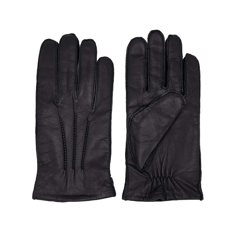 black-gloves-in-leather